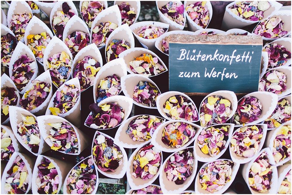 hochzeit_klausenbauernhof_wolfach_22.jpg