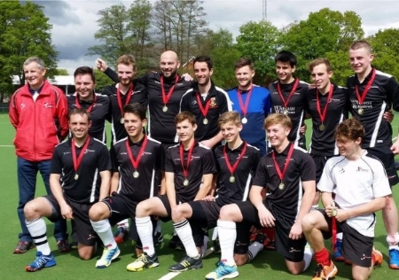 Mens 2s Win Hampshire Cup
