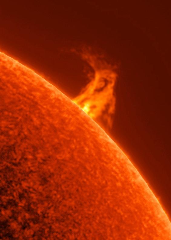 Solar_Prominence.jpg