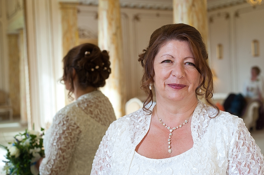 Gosfield Hall Wedding Photography by Rachael Pereira Photography_0013.jpg