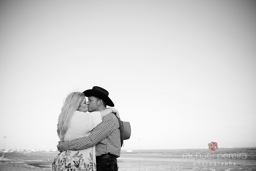 southend-engagement-photography_0031.jpg
