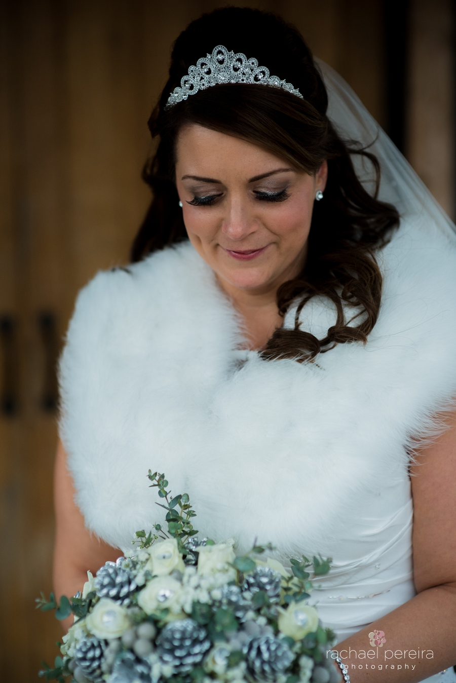 maidens-barn-winter-wedding_0033.jpg