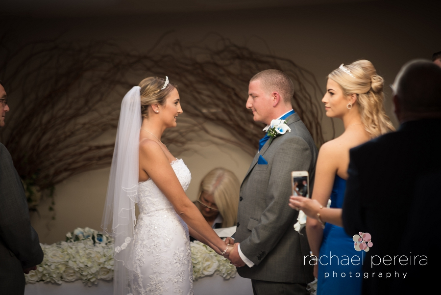 the-rayleigh-club-wedding_0001.jpg