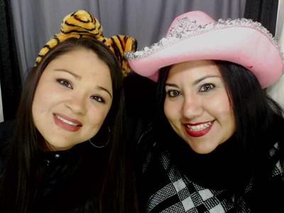 Linda Flores' Birthday - 121915-C