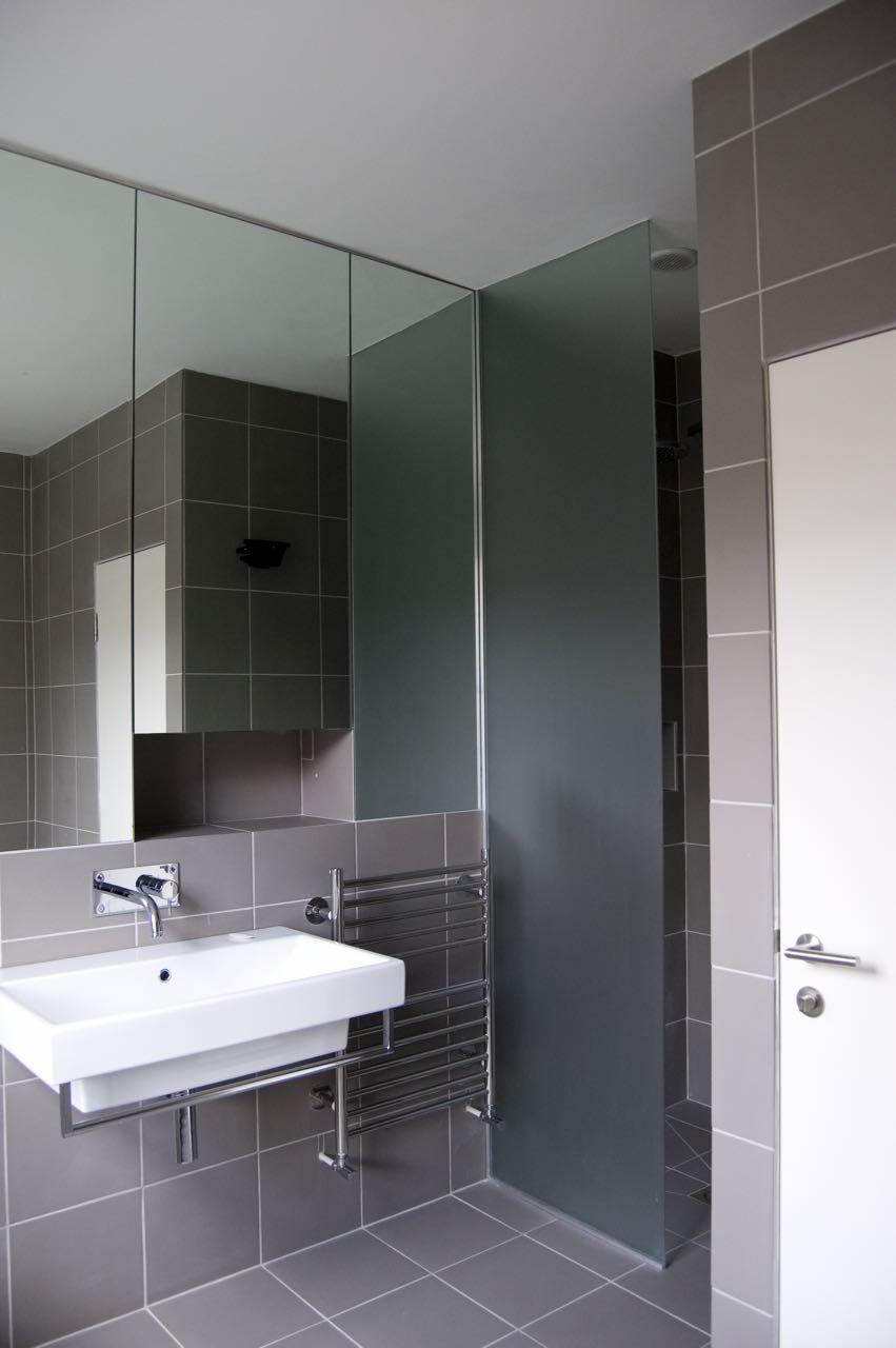 WTAD_sleeper_bathroom.jpg