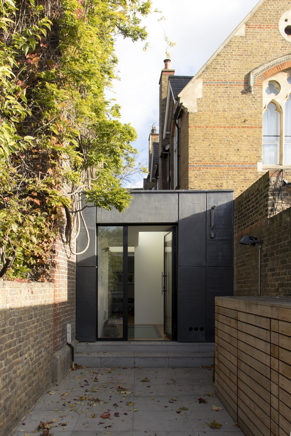 WTA_Serpentine House_01.jpg