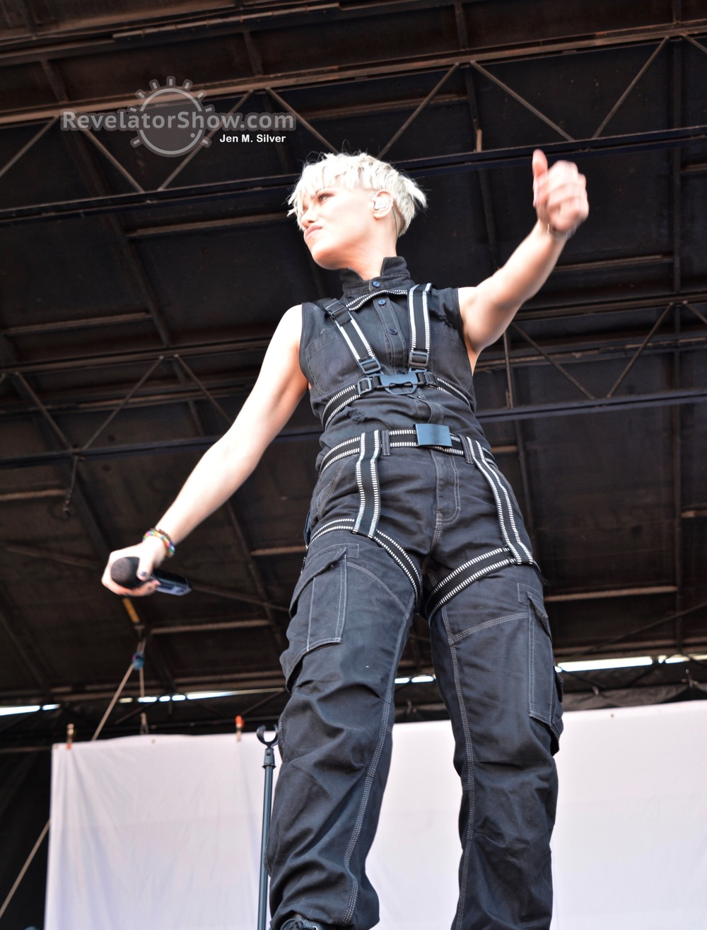Tonight Alive11.jpg
