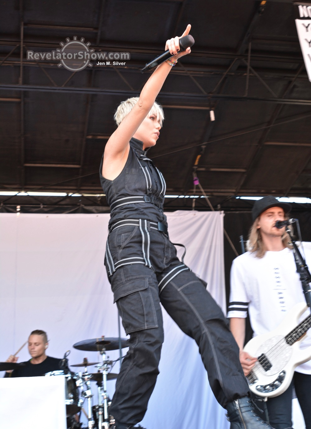 Tonight Alive12.jpg