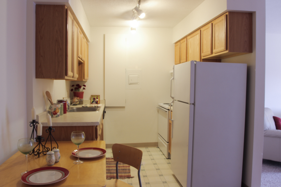 Kitchen 03-0278.jpg