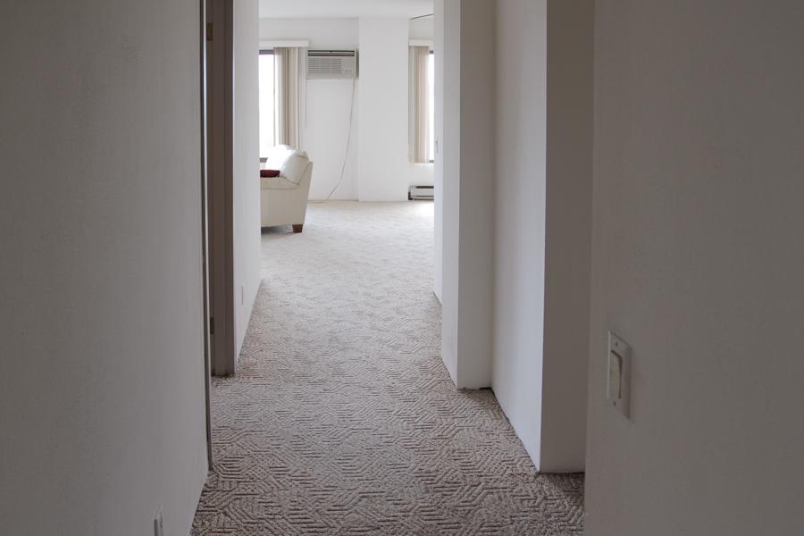 Hallway 06-0361.jpg
