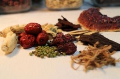 Chinese_herbs_Acton_MA_Jonathan_Fang.jpg