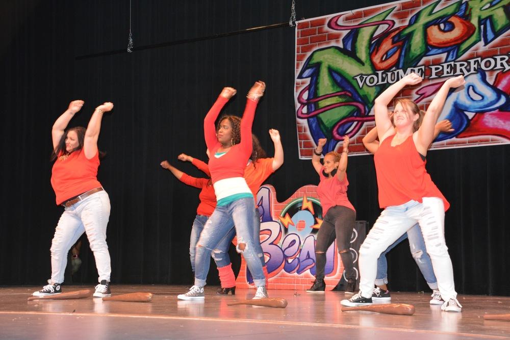 Mom dance team-Push It