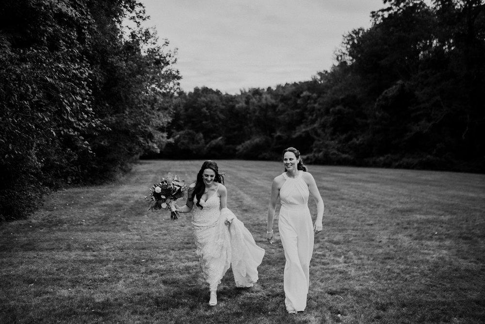 Katie+Melissa_0757.jpg