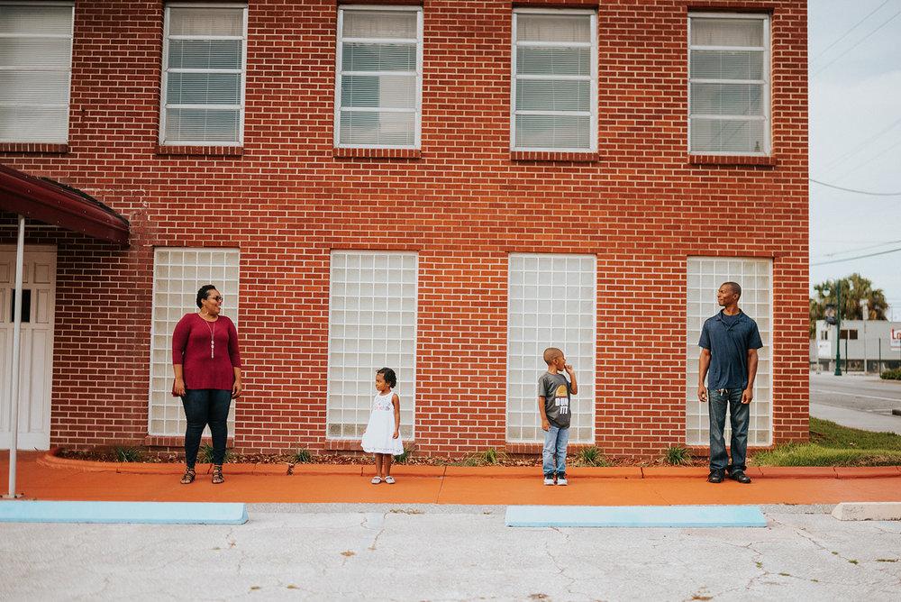 downtowntitusvillefamilyphotos_006_websize.jpg