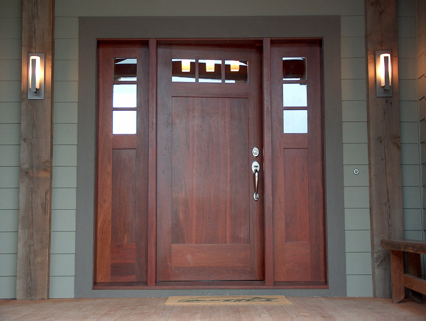 Reclaimed Jarrah is one of the hardest woods we work with making it an excellent material for exterior doors. D3