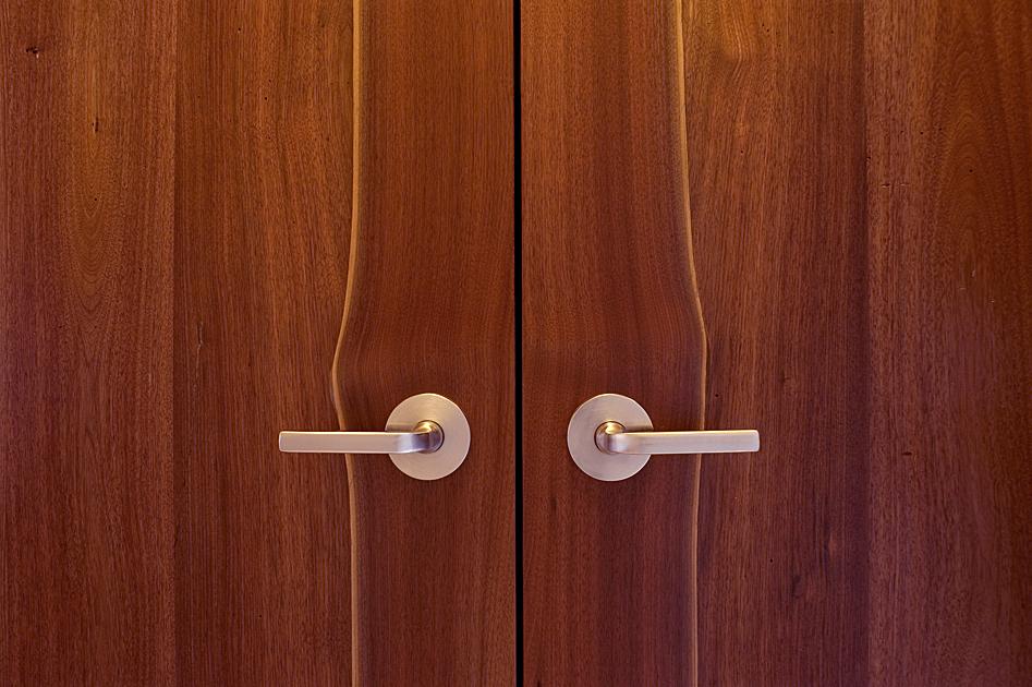 door_detail.jpg