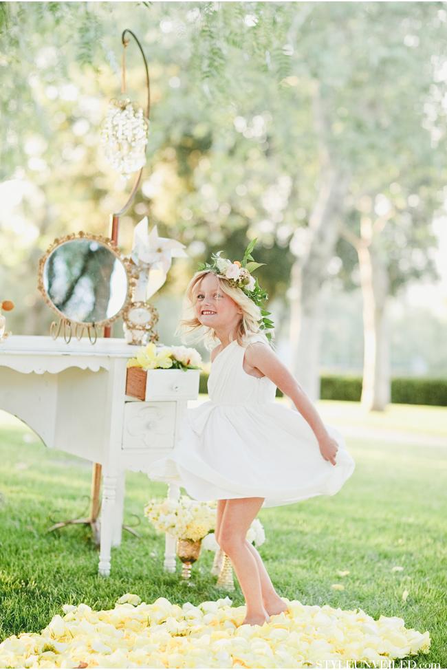 wedins_styleunveiled_bhldn_flowergirl_dresses_parti_016.jpg