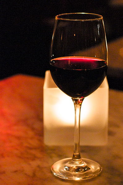 Glass of red wine. Ultimate Health Personal Training - Los Angeles - Hollywood