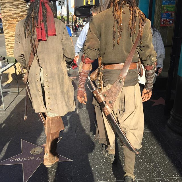Today's treadmill. Where else can you walk with pirates? That's Hollywood. #hollywoodandhighland #hollywood #onlyinla #personaltrainerlosangeles #todaystreadmill #ilovela #ultimatehlth #ultimatehealthlife