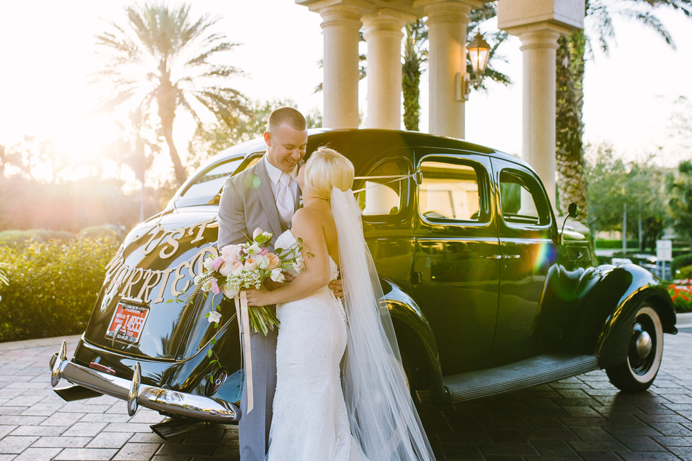 wedding photographer Naples Fl - vintage car