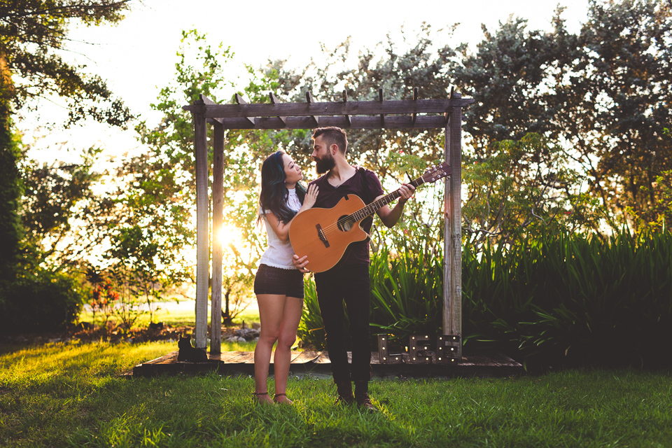 Punta-Gorda-FL-photographer-engagement-guitar-JR-1
