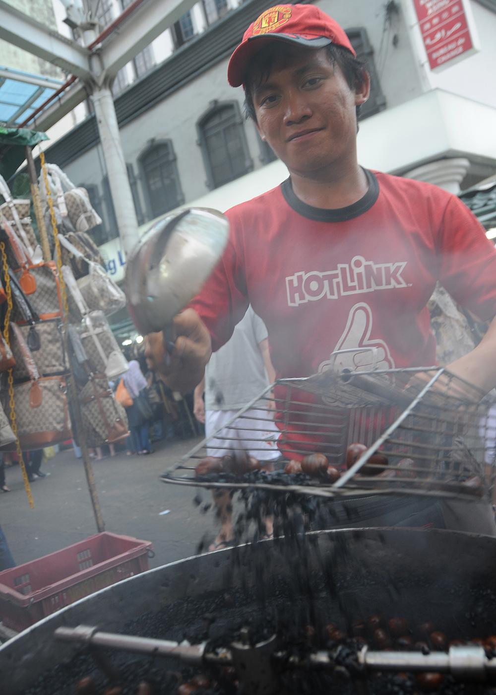 A street vendor in Kuala Lumpur.