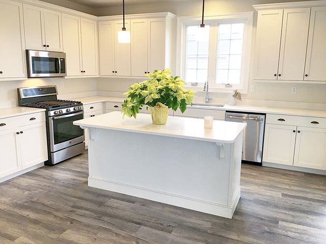 Last chance to see our most recent spec home in Oxford, PA! Call to schedule a tour! 610-444-6494