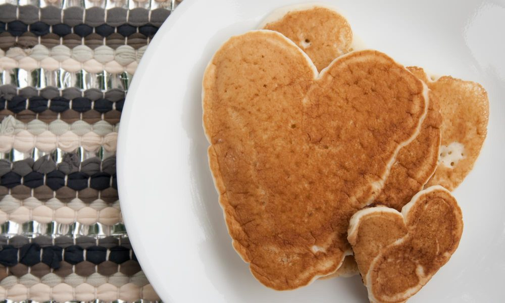heart shaped pancakes - myonlysunshineblog