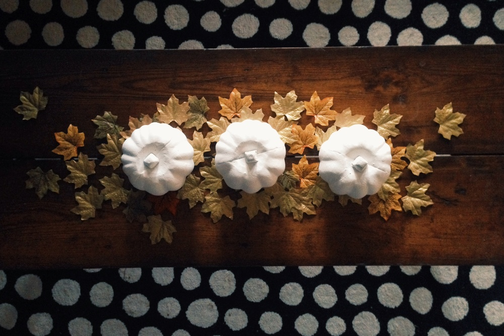 DIY Fall Centerpiece (click through for details)