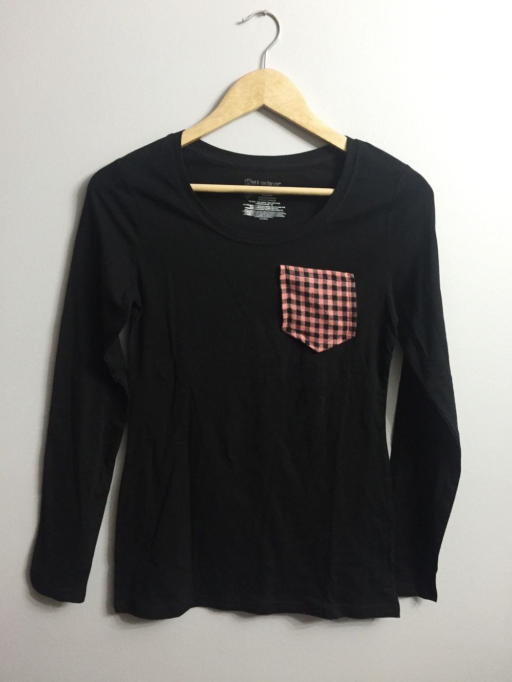 DIY Simple Pocket Tshirt (click through for tutorial)
