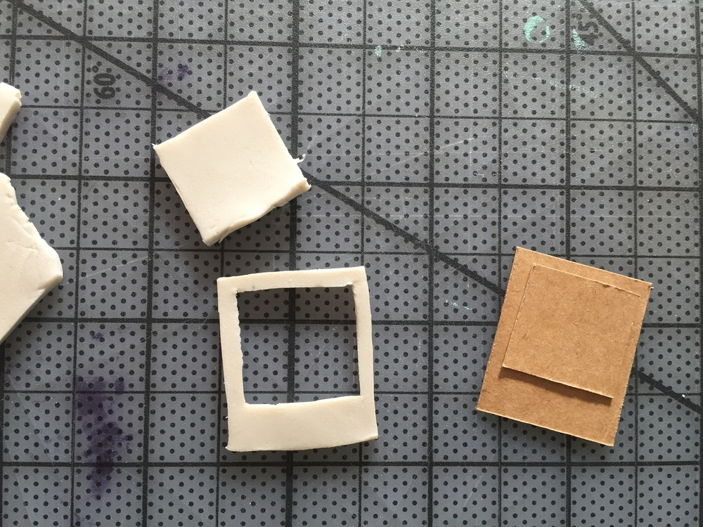 DIY Polaroid Necklace (click through for tutorial)