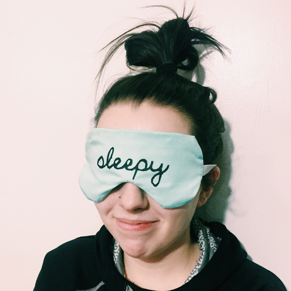 Sleepy DIY Sleep Mask (click through for tutorial)