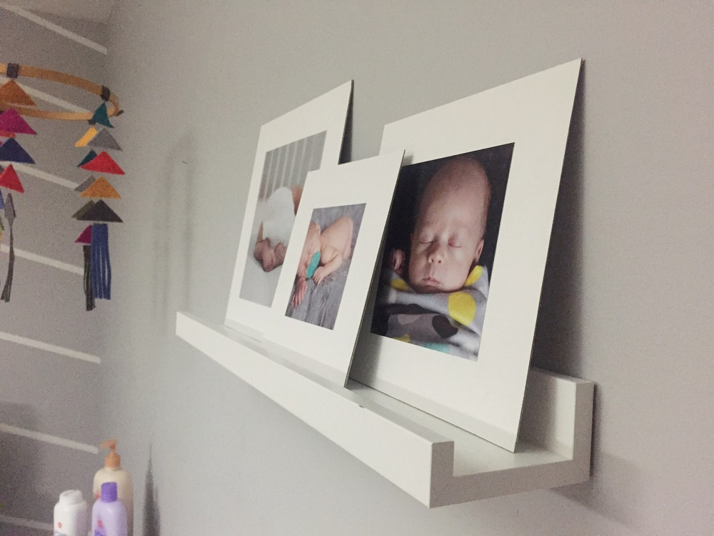 Easy DIY Photo Display (click through for details)