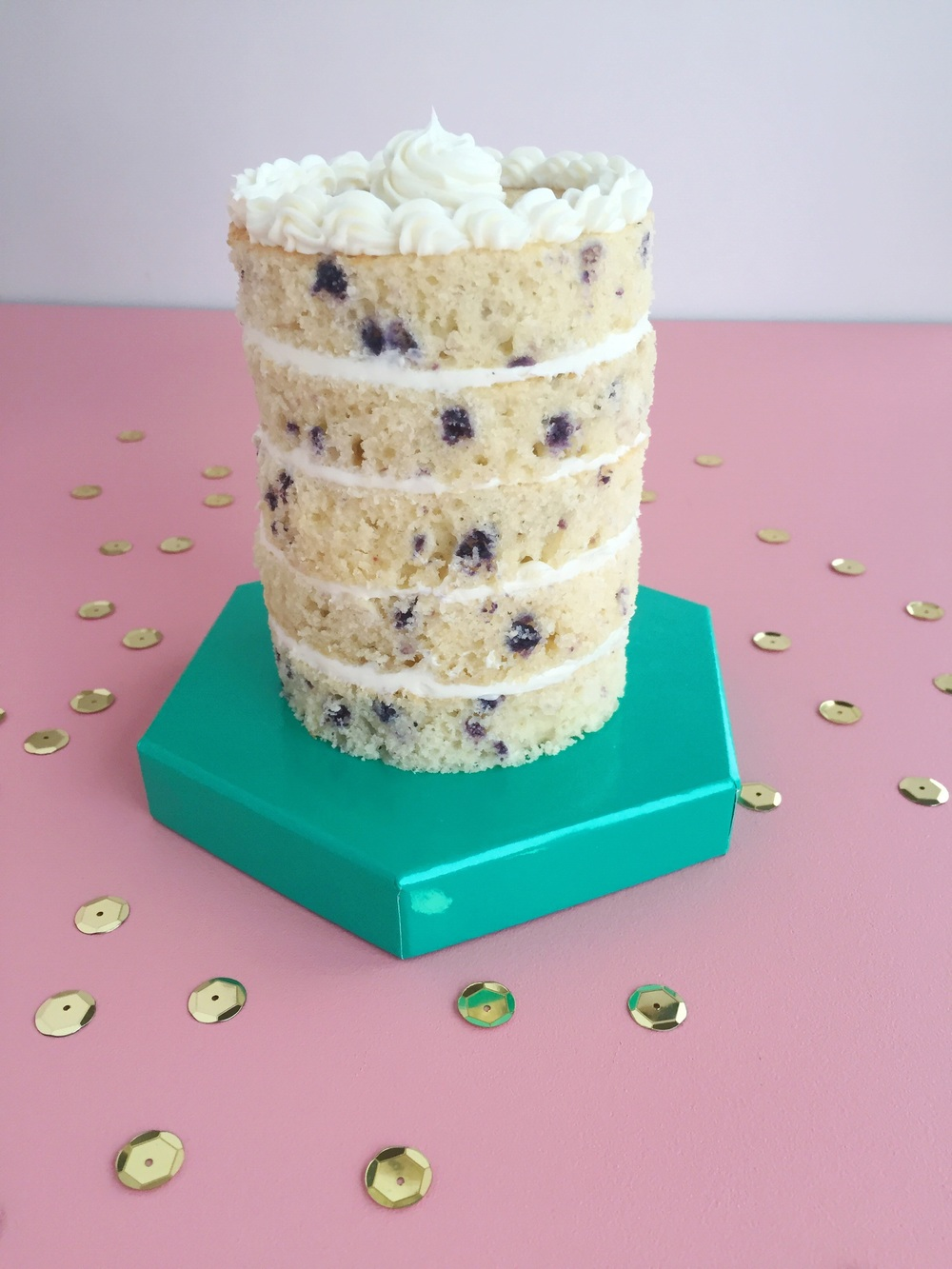 yummy blueberry layer cake