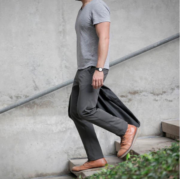 72217d650 REVIEW  The Best Travel Pants  — Lyf Consul
