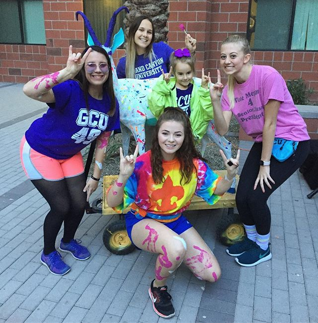 In case anyone was wondering what it's like to live on a college campus when you're four... this paints a pretty accurate picture - awesome college students. neon. lopes up. Big smiles. lots of fun.