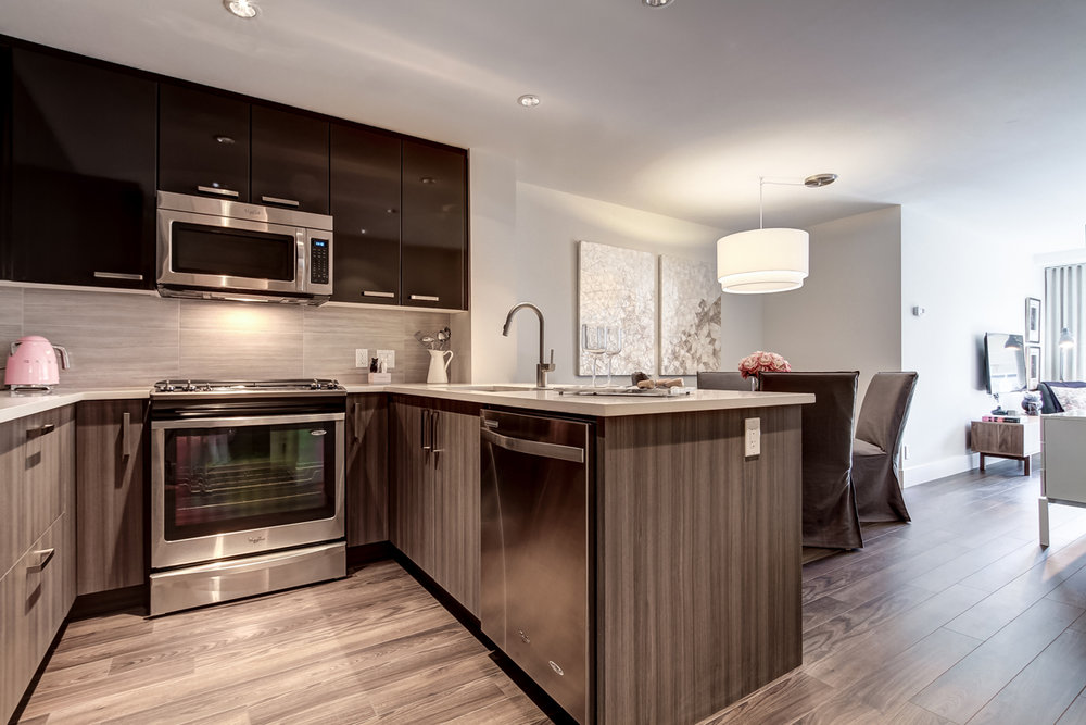 bridgelandhill_1 bdrm - kitchen.jpg