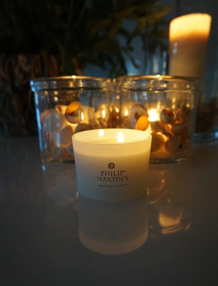 Lyset fra Philip Matins dufter nydelig og kan også brukes som krem, kr 280,-
