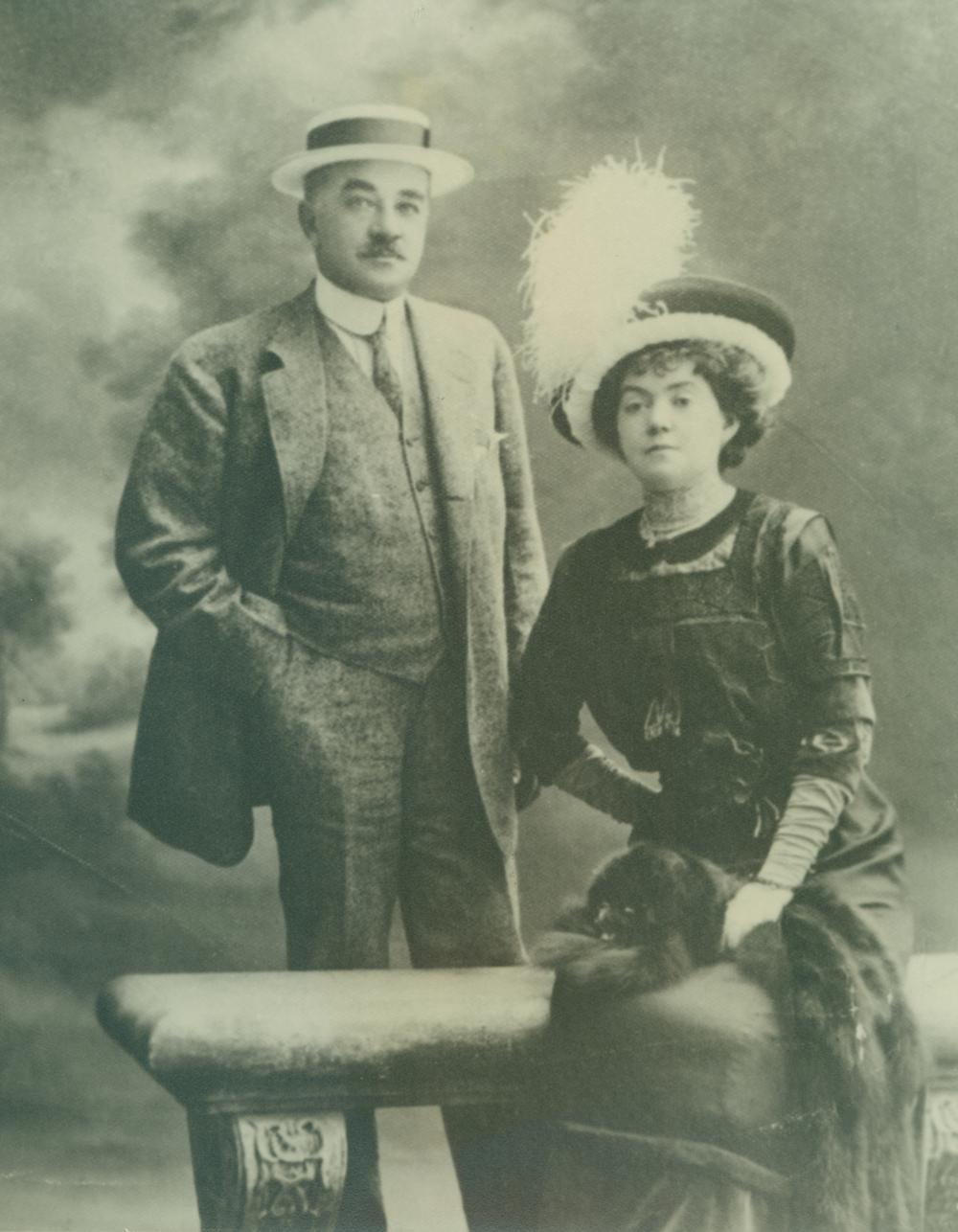 Milton_Catherine_Nice_1910.jpg