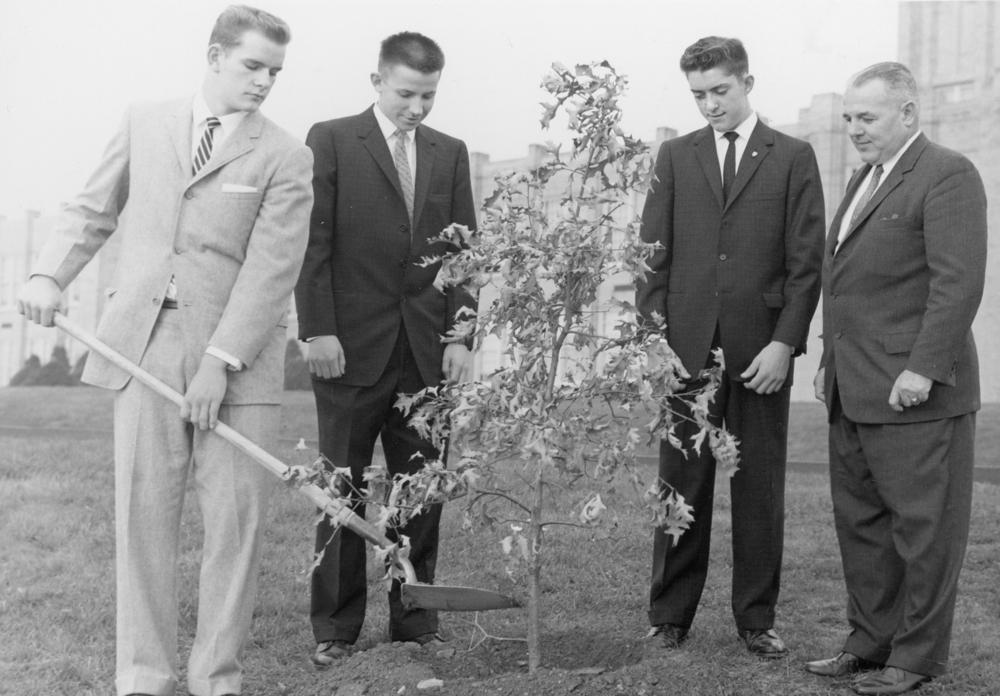 Tree_Planting_class_of_1961_5.JPG
