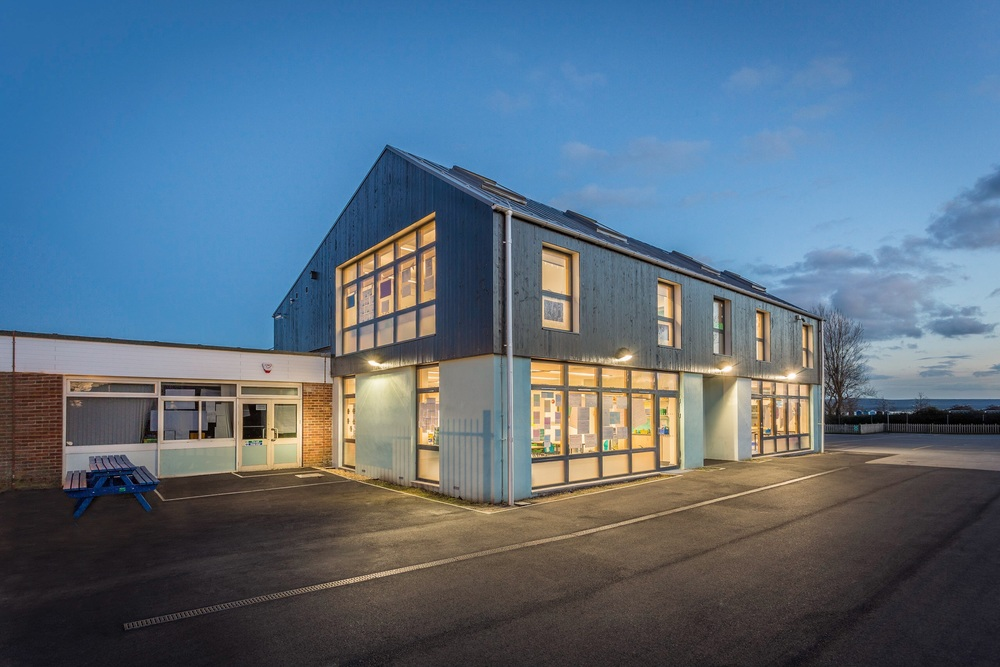 Hamworthy Park Junior School, by Rick McEvoy Architectural Photographer in Dorset