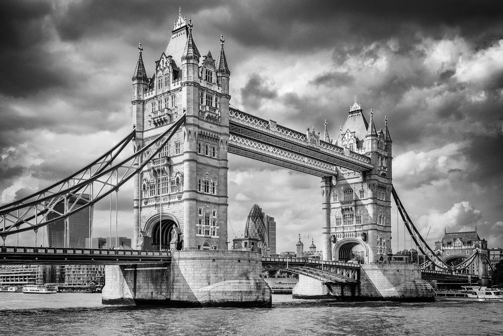 Tower Bridge by Rick McEvoy London Photographer