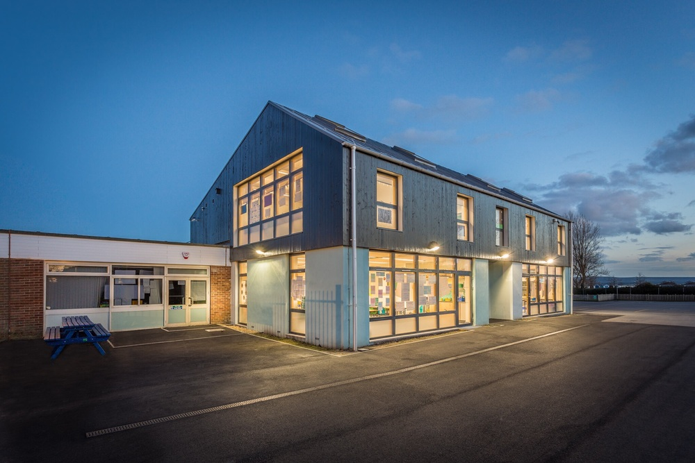 Extension to Hamworthy Park Junior School, Poole, Dorset - architecture photography by Rick McEvoy