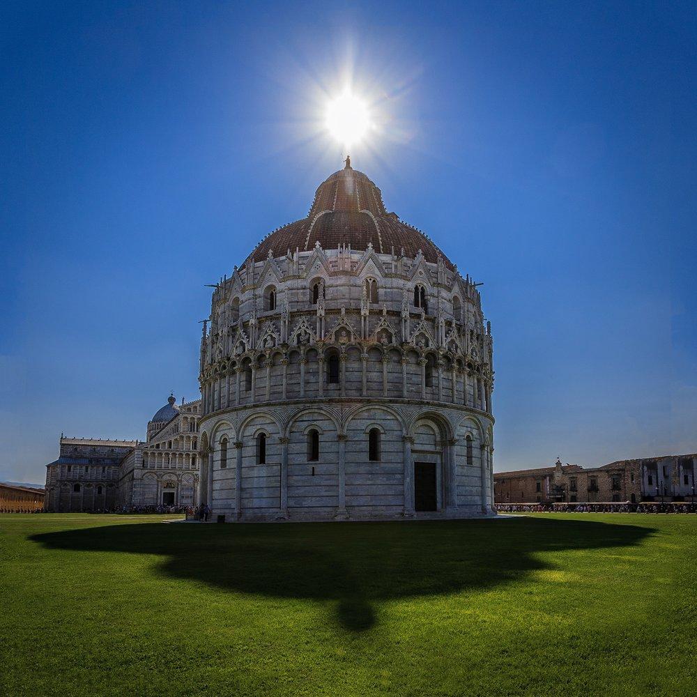 Picture of the Battistero di San Giovanni in Pisa by Rick McEvoy Architectural Photographer