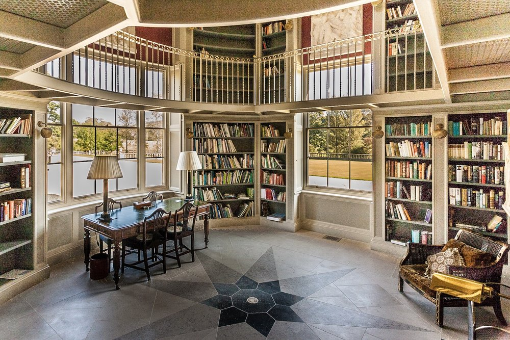 Picture of a library in Dorset - interior photography by Rick McEvoy