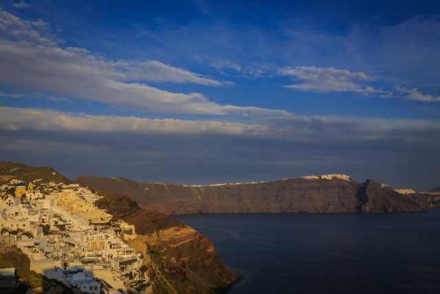Photos of Santorini by Rick McEvoy 092.jpg