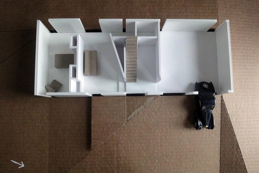 Scissor06b.jpg