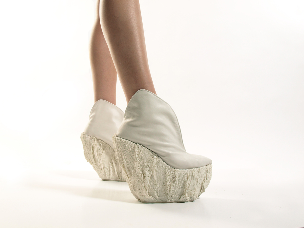 porcelain shoes 6.jpg