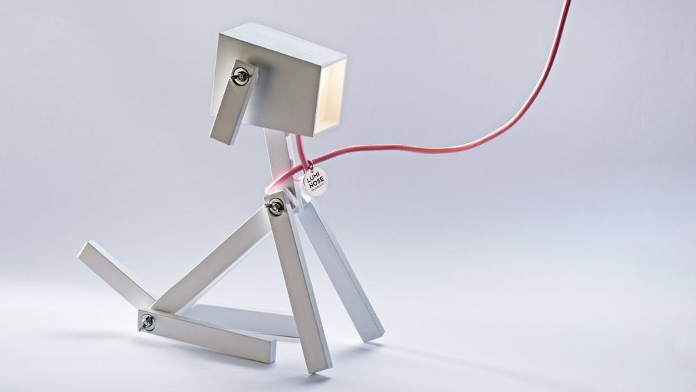 luminose-a-fa-asztali-lámpa-amit-te-kreálsz_01.jpg