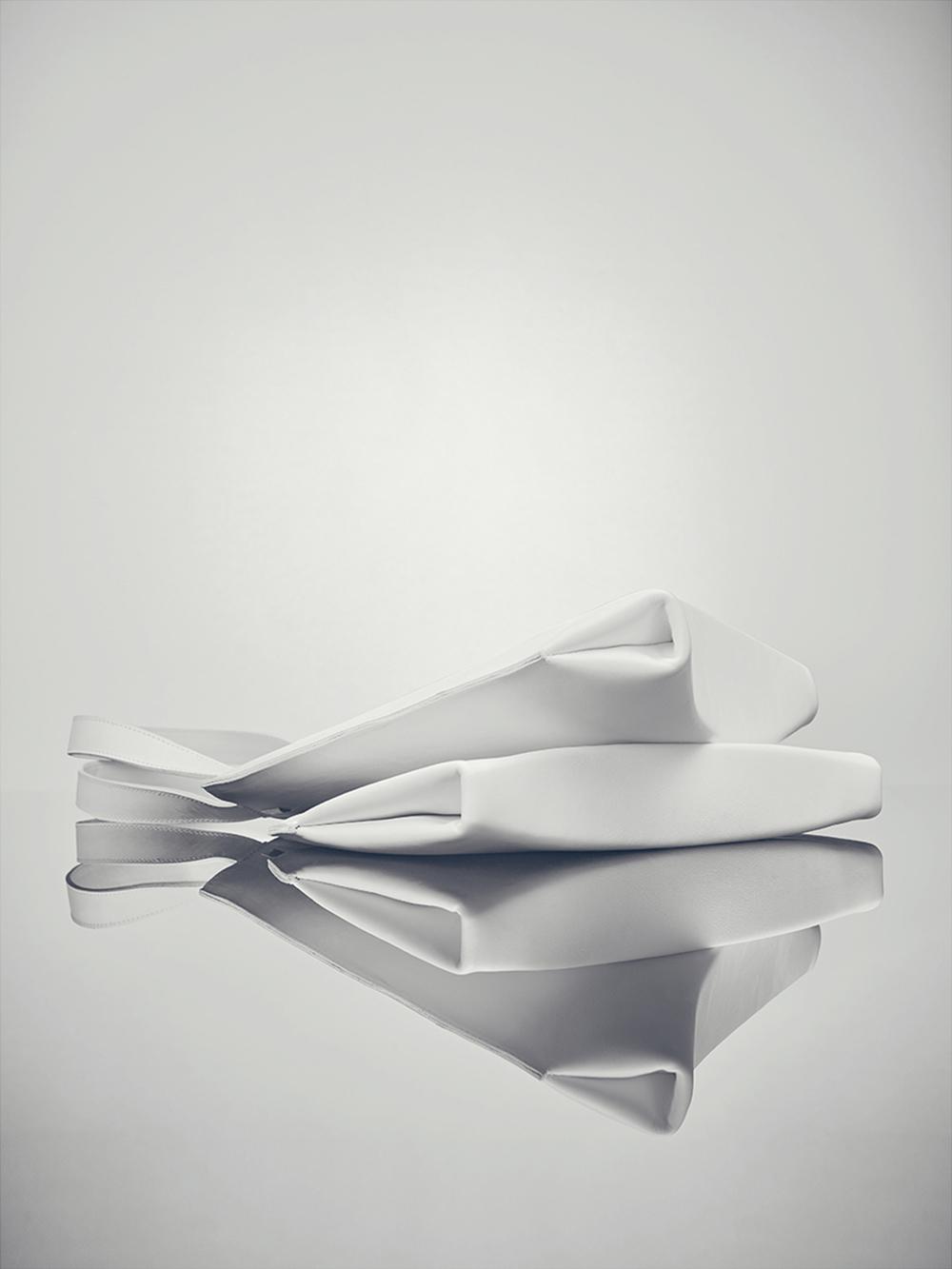 Invert-by-Agnes-Kovacs-02.jpg